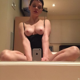 Rose McGowan uncensored