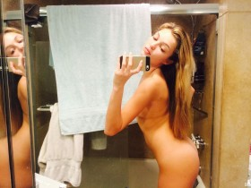 Sexy Lili Simmons Naked Leaked