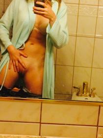 AJ Michalka Pussy photo