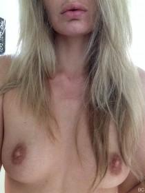 Alice Haig Tits