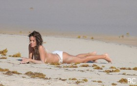 Brooke Burke Sexy Photo