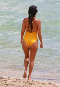 Kourtney Kardashian Sexy Ass