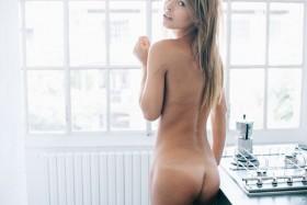Sexy Marisa Papen Naked