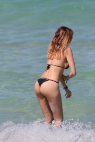 Aida Yespica Sexy Ass