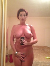 Lucy Collett Naked Selfie