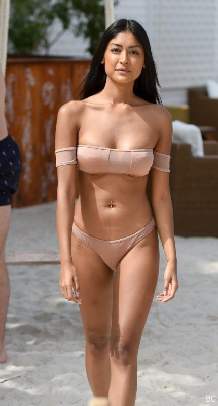Farah Sattaur Bikini Candids