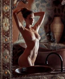 Sexy Liza Kei Naked Photoshoot