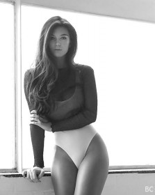 Erin Willerton Sexy Body Photo