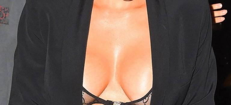 Kim Kardashian Cleavage (20 Photos)