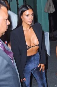 Kim Kardashian Cleavage Pic