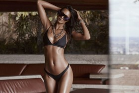 Lais Ribeiro in hot bikini