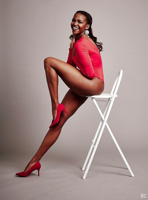 Oti Mabuse Sexy Legs Photo