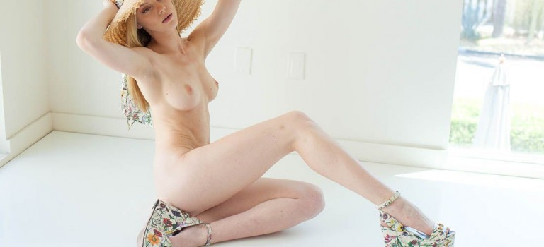 Elle Evans Naked (28 Photos)