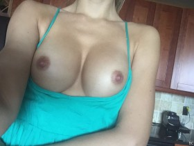 Tika Camaj Boobs Photo