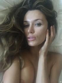 Tika Camaj Selfie