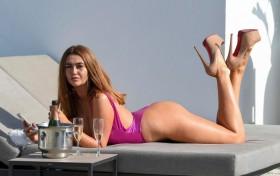 Charlotte Dawson in swimsuit photo