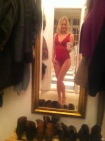 Laura Bach Selfies