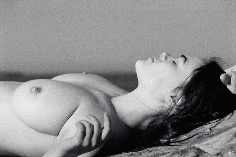 Myla Dalbesio Boobs Photo