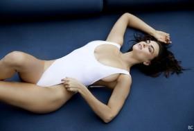 Myla Dalbesio Hot Photos