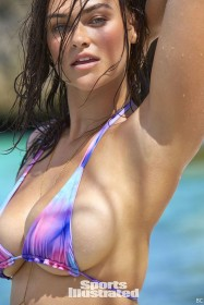 Myla Dalbesio in bikini body
