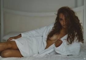 Sexy Shanta De Keuning Topless