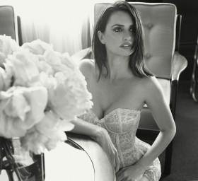 Hot Penelope Cruz Esquire Photos