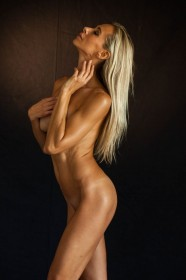 Jesse Golden Naked Photos