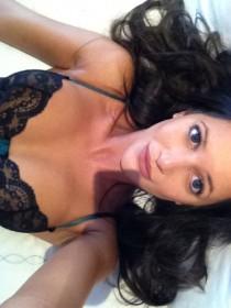 Roxie Nafousi selfie