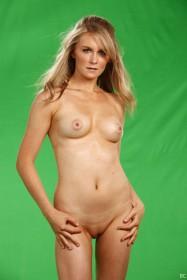 Sexy Malorie Mackey Naked
