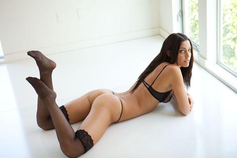 Amanda Kimmel Booty