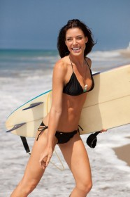 Amanda Kimmel in black bikini