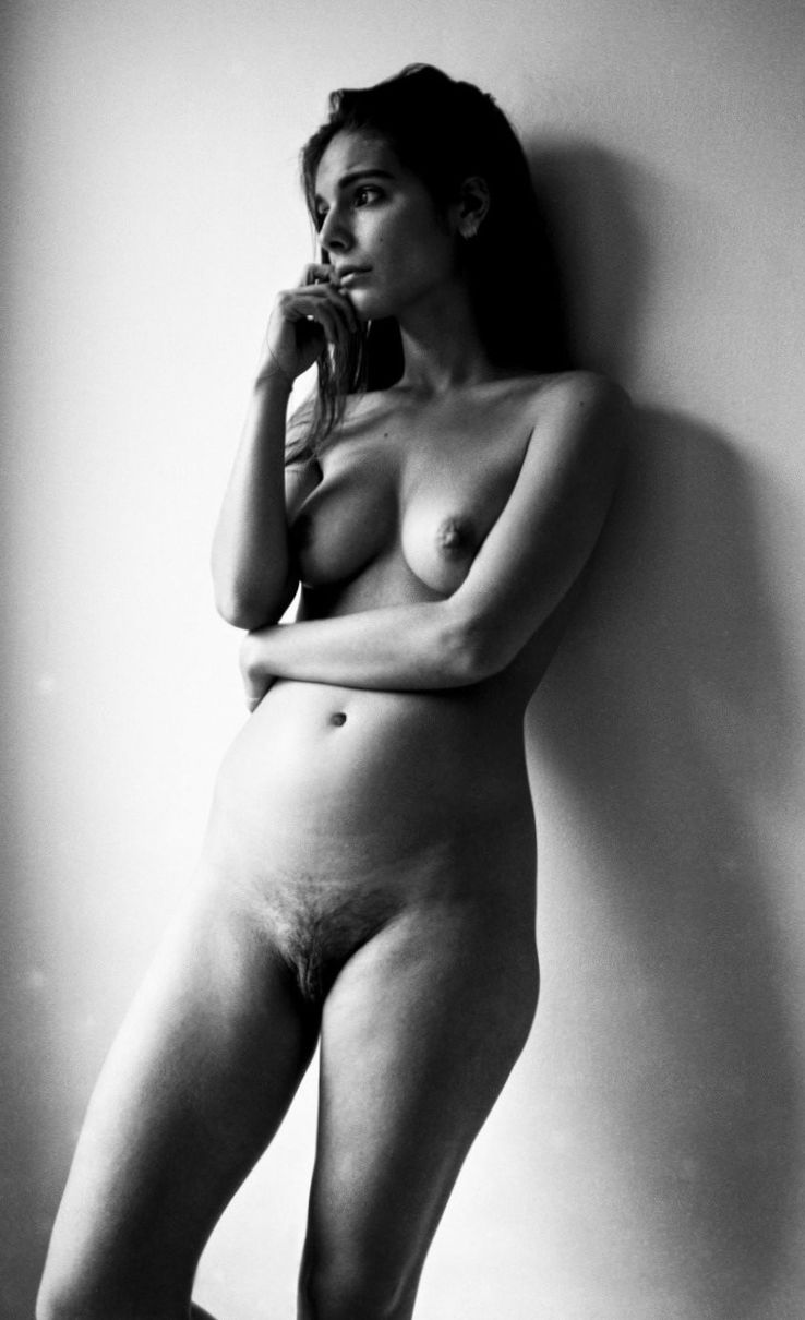 caitlin stasey nude