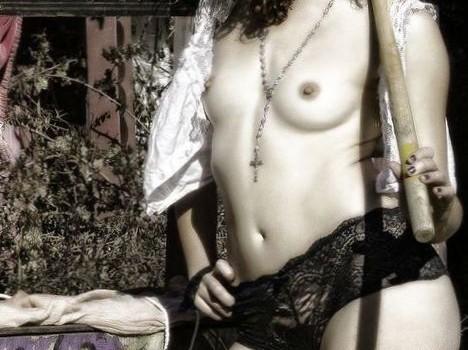 Dora Madison Burge Nude, Topless, Sexy (7 Photos)