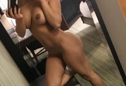 JoJo (WWE) Leaked (9 Photos)