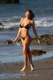 Jules Liesl in bikini