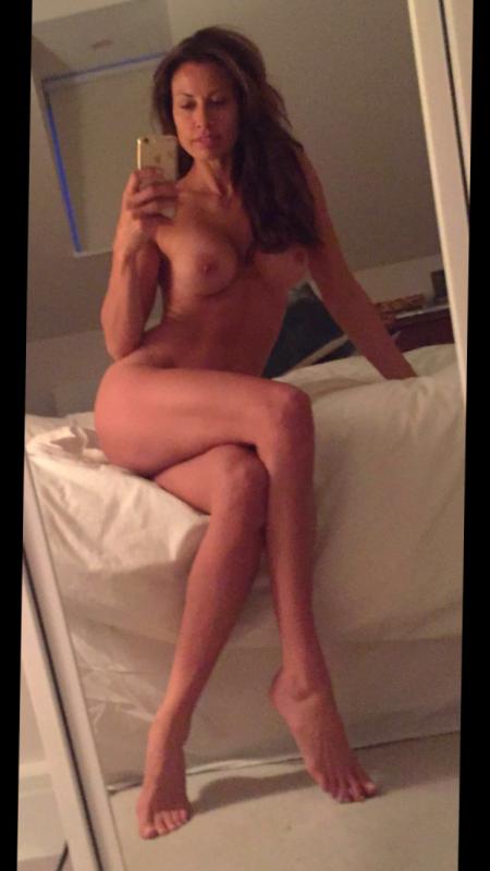 Melanie Sykes Naked Body