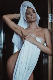 Clare Richards Naked
