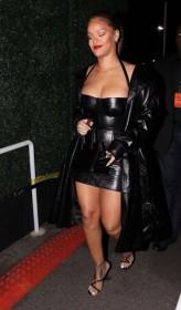 Rihanna New Photos