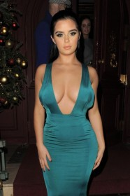 Sexy Demi Rose Cleavage