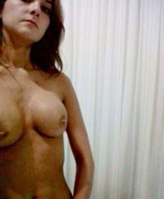 Catalina Gómez Naked