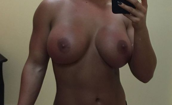 Kaitlyn (WWE) Leaked (14 Photos)