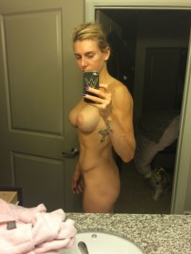 Charlotte Flair WWE Nude Selfie in mirror