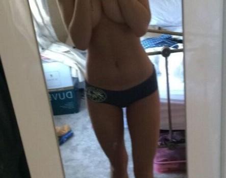 Eden Taylor-Draper Leaked (3 Photos)