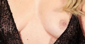 Hot Adriana Abenia Nip Slip