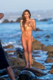 Hot Brittney Palmer Boobs Pic