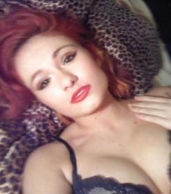 Scarlett Bordeaux Private Photo