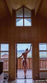 Sexy Allie Leggett Nude