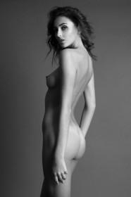 Sexy Erika Albonetti Nude