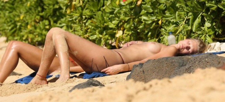 Toni Garrn Topless (13 Photos)