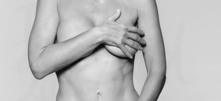 Gillian Anderson Nude (4 Pics)
